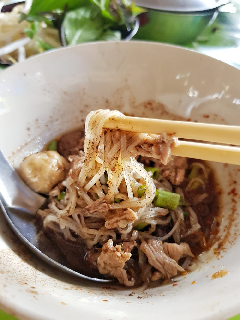 9 street food in Bangkok that tie your heart to the land!