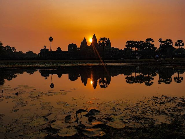 Detailed guide to explore Angkor wat at sunrise