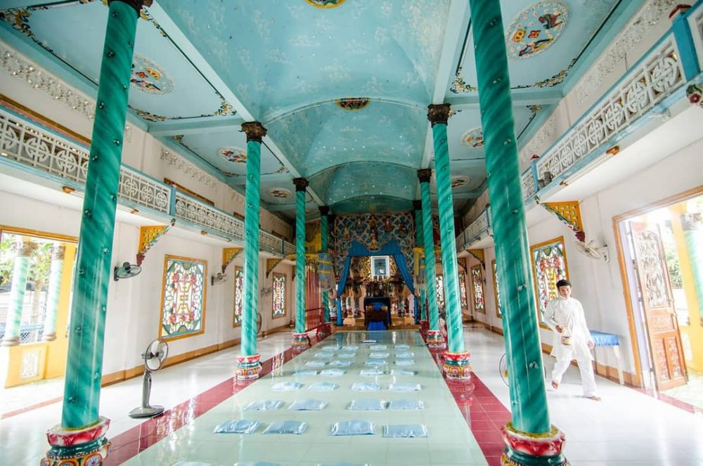 Cao Dai Temple tour: a journey to explore the most mysterious religion in Vietnam