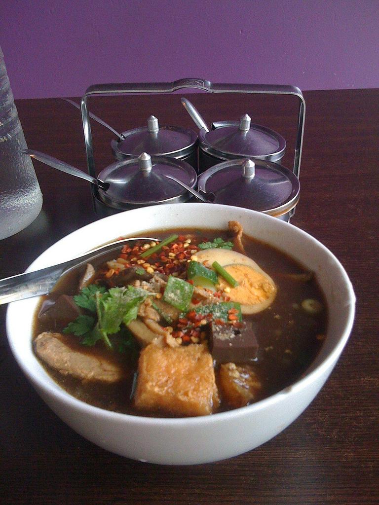 food in Bangkok China town