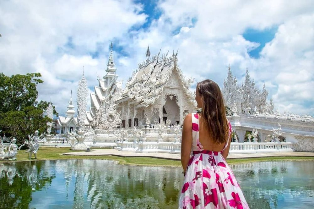 A detailed guide to Wat Rong Khun – White temple in Chiang Rai