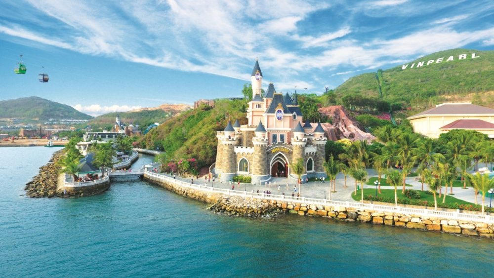 Vinpearl Land Nha Trang – All in One Destination That You Don't Want To Miss