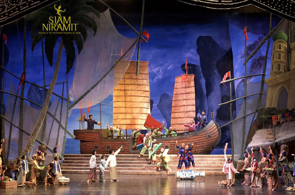 A giant cast of over 150 people on stage of Siam Niramit Bangkok Show