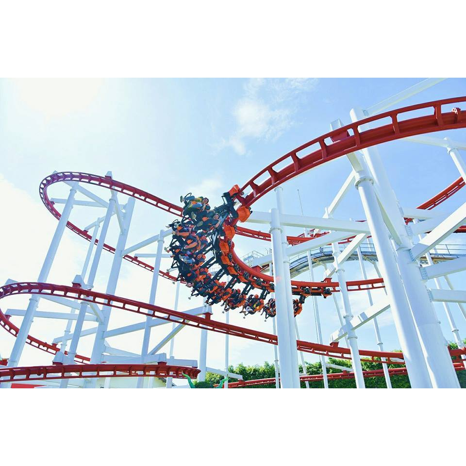 Sky Coaster - the most popular ride in Dream World Bangkok