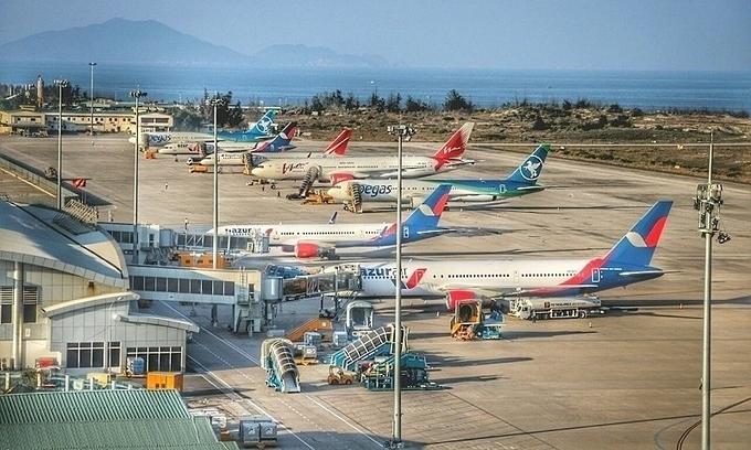 Cam Ranh airport to open second runway next week - VnExpress ...