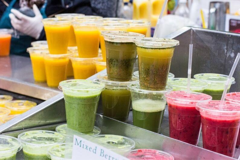 A juice bar franchise offers a wide array of flavors and products.