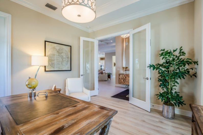 A home staging franchise can be a lucrative and satisfying opportunity.