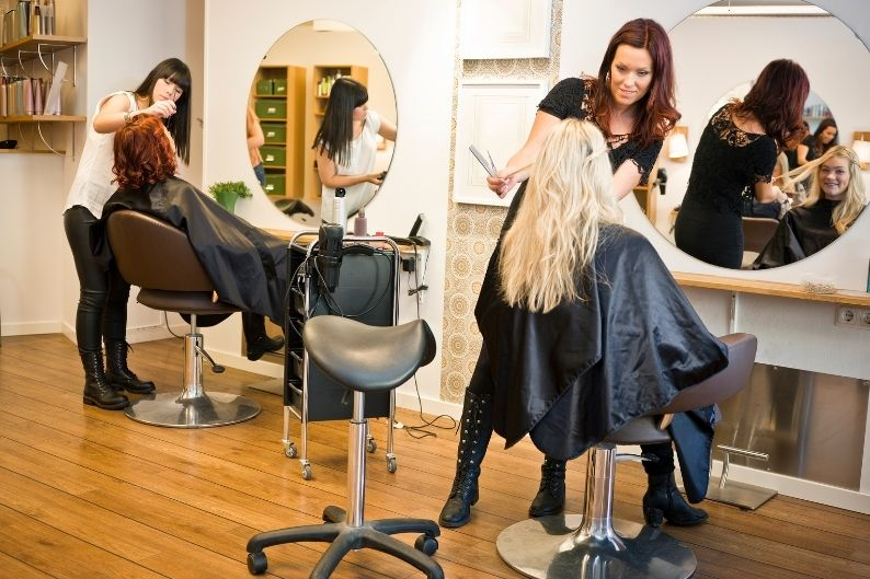 Many of the top beauty franchises include popular haircut chains that clients trust.
