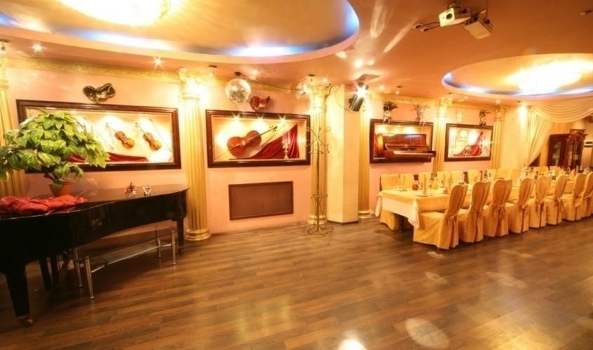 Ресторан на 150 персон в ЦАО, ВАО, м. Красносельская, м. Комсомольская от 2000 руб. на человека