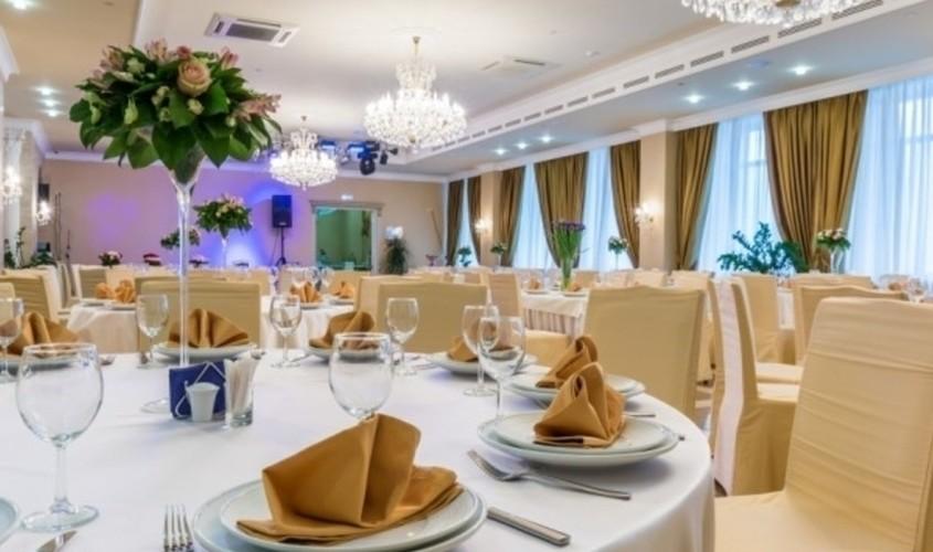 Ресторан, Банкетный зал на 140 персон в ЮЗАО, м. Беляево, м. Калужская, м. Коньково, м. Каховская, м. Севастопольская от 2500 руб. на человека