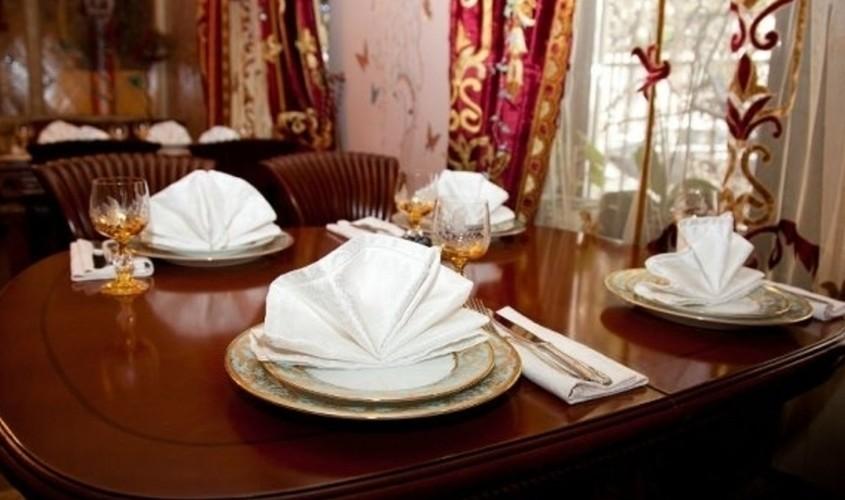 Ресторан, Банкетный зал на 20 персон в ЦАО, м. Арбатская, м. Александровский сад, м. Боровицкая от 2500 руб. на человека
