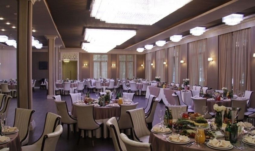 Ресторан на 60 персон в ЗАО, м. Молодежная, м. Кунцевская от 2500 руб. на человека
