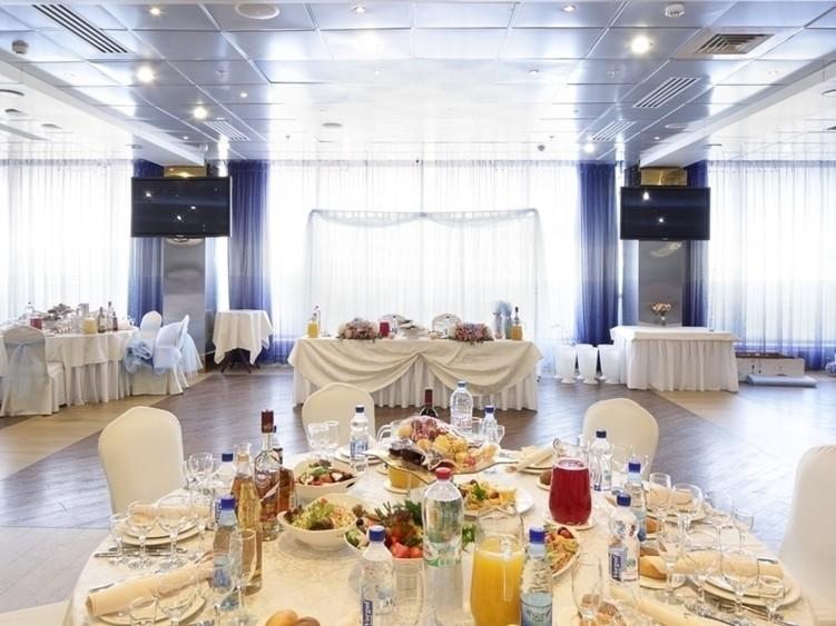 Банкетный зал, При гостинице на 120 персон в ВАО, м. Партизанская от 3000 руб. на человека