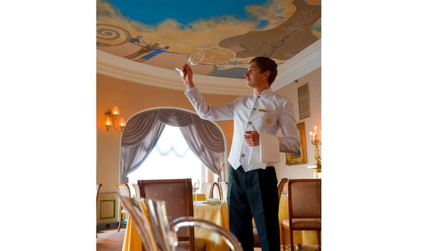 Ресторан, При гостинице на 30 персон в ЦАО, м. Охотный ряд, м. Театральная, м. Пл. Революции от 5000 руб. на человека