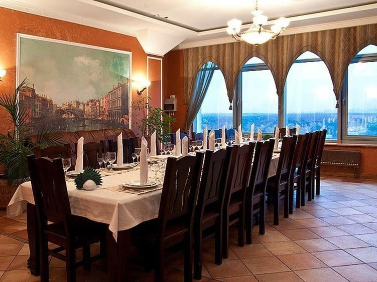 Ресторан, Банкетный зал на 25 персон в ЮВАО, м. Жулебино от 2500 руб. на человека