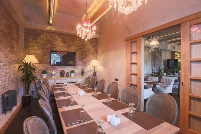 Банкетный зал, Кафе на 16 персон в ЮАО, м. Домодедовская, м. Красногвардейская от 2500 руб. на человека