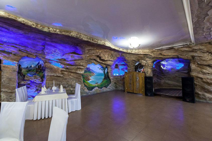Ресторан, За городом на 120 персон в СВАО, Троицкий АО,  от 4000 руб. на человека