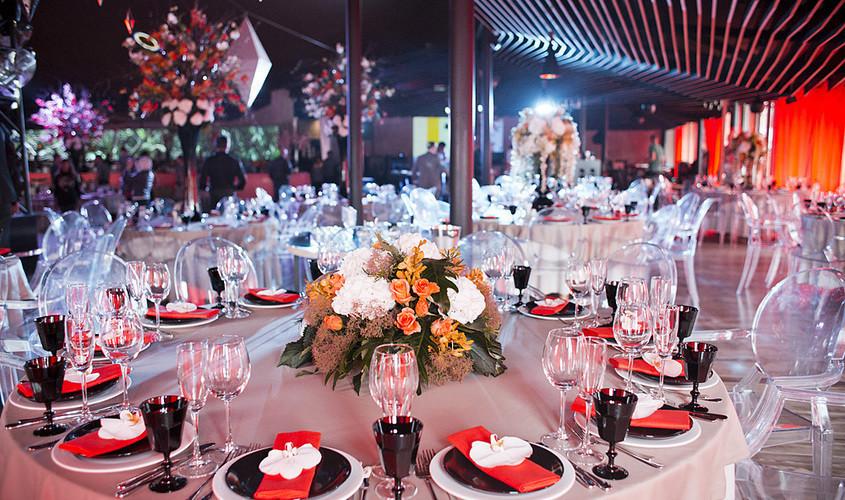 Ресторан на 300 персон в ЦАО, м. Третьяковская от 6000 руб. на человека