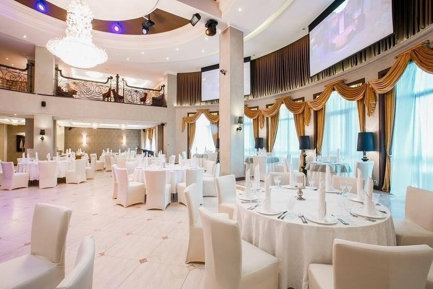 Ресторан, Банкетный зал на 210 персон в ЮЗАО, Троицкий АО,  от 2500 руб. на человека