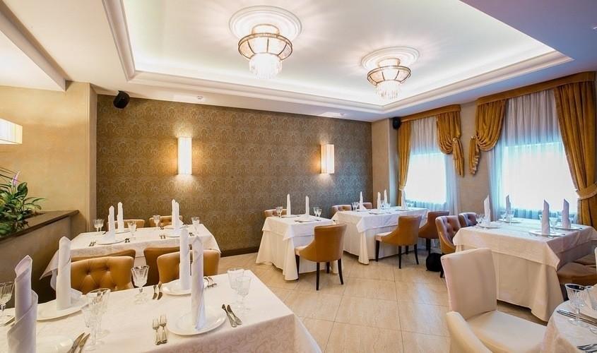 Ресторан, Банкетный зал на 50 персон в ЮЗАО, Троицкий АО,  от 3000 руб. на человека