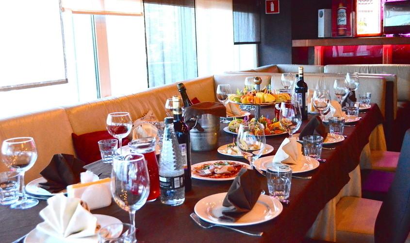 Ресторан, Банкетный зал, Ночной клуб на 120 персон в СВАО, м. ВДНХ, м. Алексеевская, м. Тимирязевская от 1800 руб. на человека