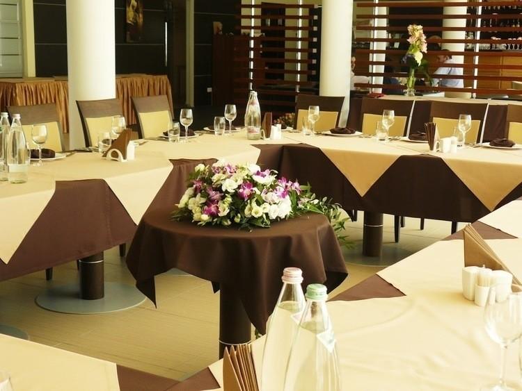 Ресторан, При гостинице, За городом на 80 персон в ЗАО,  от 5000 руб. на человека