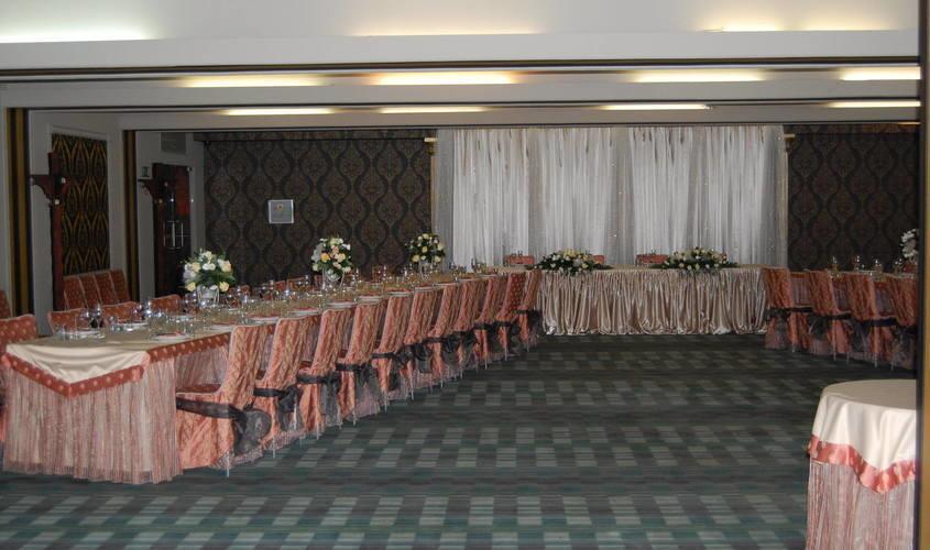 Банкетный зал, Кафе на 180 персон в ЮАО, м. Орехово, м. Царицыно от 1500 руб. на человека