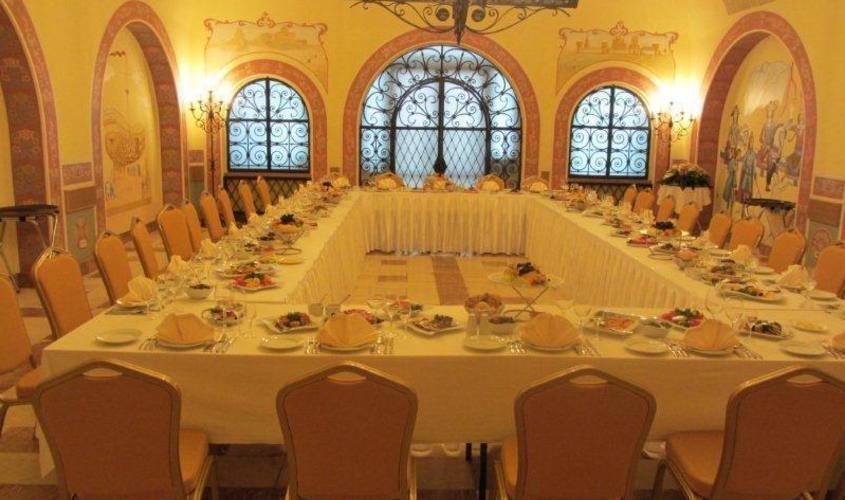Малый Петровский зал