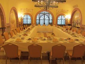 При гостинице на 50 персон в ЦАО, м. Полянка, м. Октябрьская, м. Третьяковская
