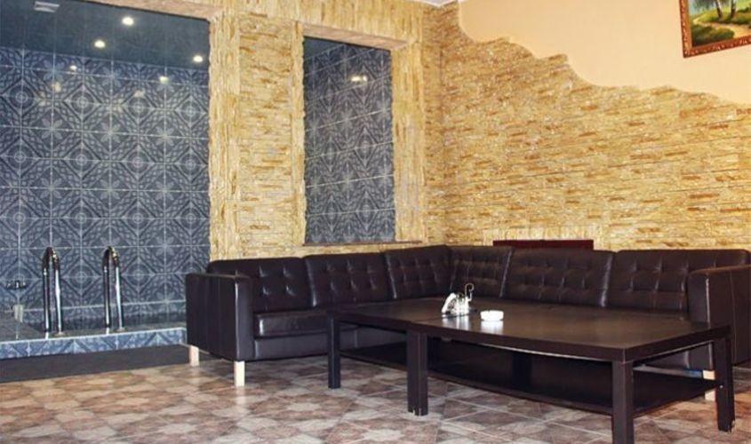 Ресторан, Банкетный зал, За городом на 10 персон в ЮЗАО, м. Домодедовская от 3000 руб. на человека