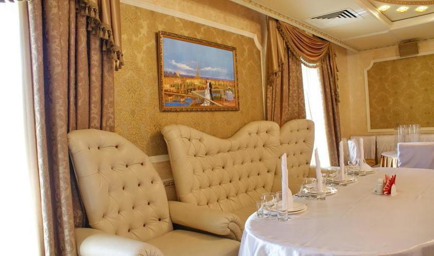 Ресторан, Банкетный зал, За городом на 100 персон в ВАО, м. Новокосино от 1800 руб. на человека