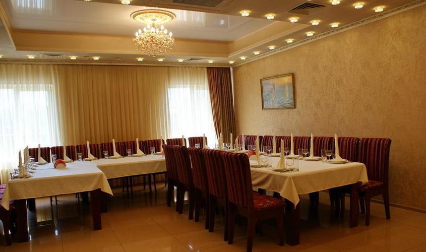 Ресторан, Банкетный зал, За городом на 25 персон в ВАО,  от 1800 руб. на человека