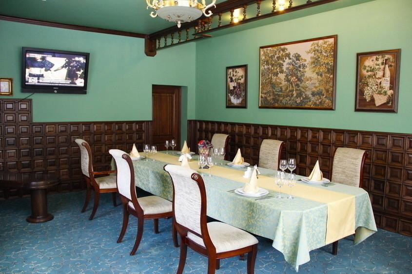 Ресторан, Банкетный зал, За городом на 25 персон в СЗАО,  от 2500 руб. на человека