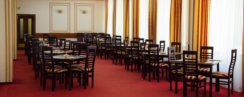 Ресторан, Банкетный зал, При гостинице, За городом на 80 персон в ЮАО, м. Домодедовская от 3500 руб. на человека