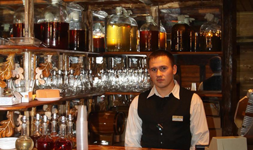 Ресторан, Банкетный зал, При гостинице, За городом на 36 персон в ЮАО, м. Домодедовская от 3500 руб. на человека