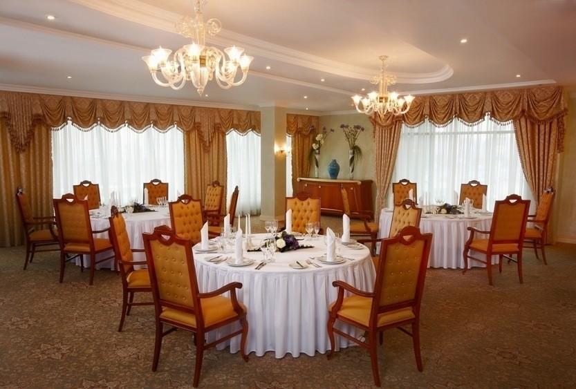 Ресторан, Банкетный зал, При гостинице на 45 персон в ЮАО, м. Домодедовская, м. Орехово от 4000 руб. на человека