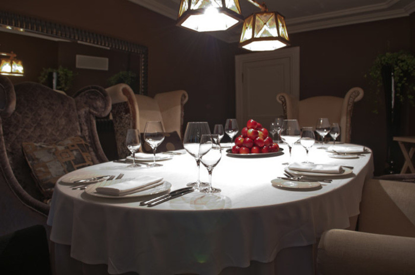 Ресторан, При гостинице, Усадьба на 8 персон в ЦАО, м. Марксистская, м. Таганская от 5000 руб. на человека