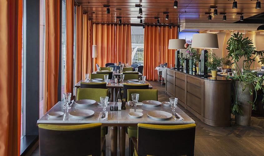 Ресторан, Банкетный зал, За городом на 40 персон в СЗАО, м. Мякинино, м. Строгино, м. Волоколамская от 5000 руб. на человека