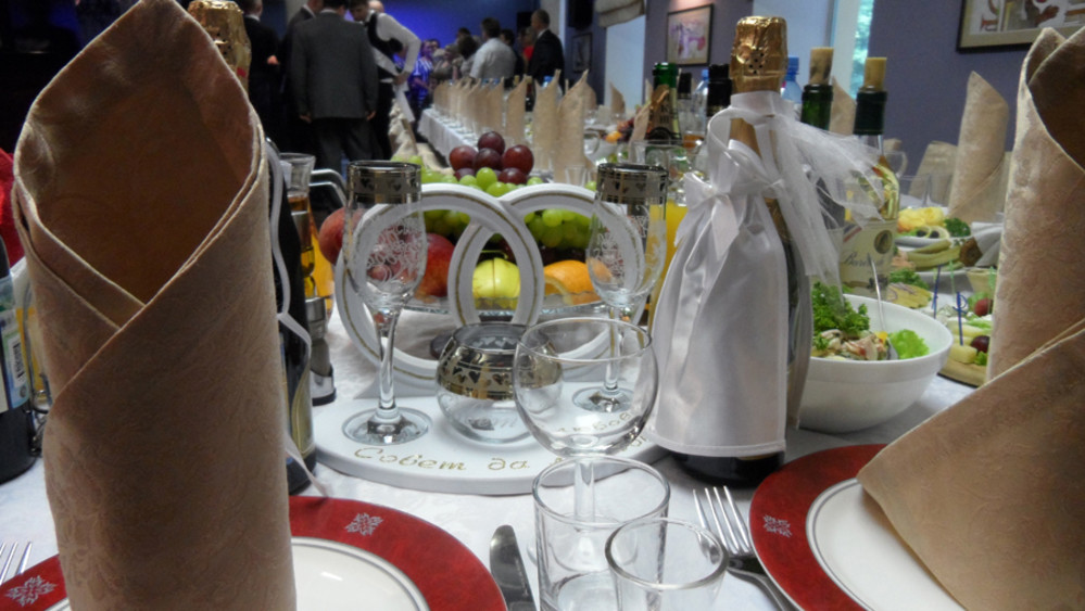 Банкетный зал, Кафе, При гостинице на 20 персон в СВАО, м. ВДНХ от 1500 руб. на человека