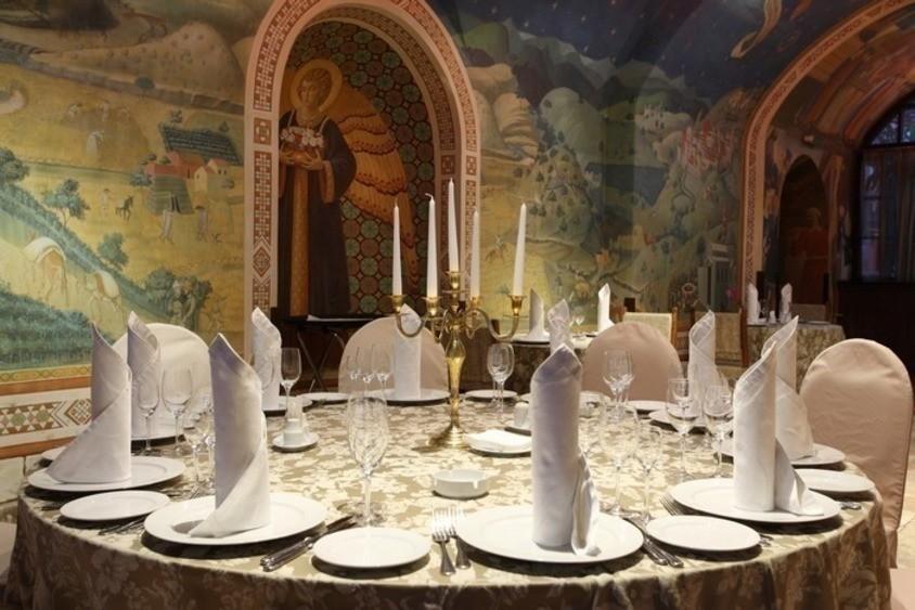 Ресторан на 25 персон в ЦАО, м. Парк Победы, м. Кропоткинская от 4000 руб. на человека