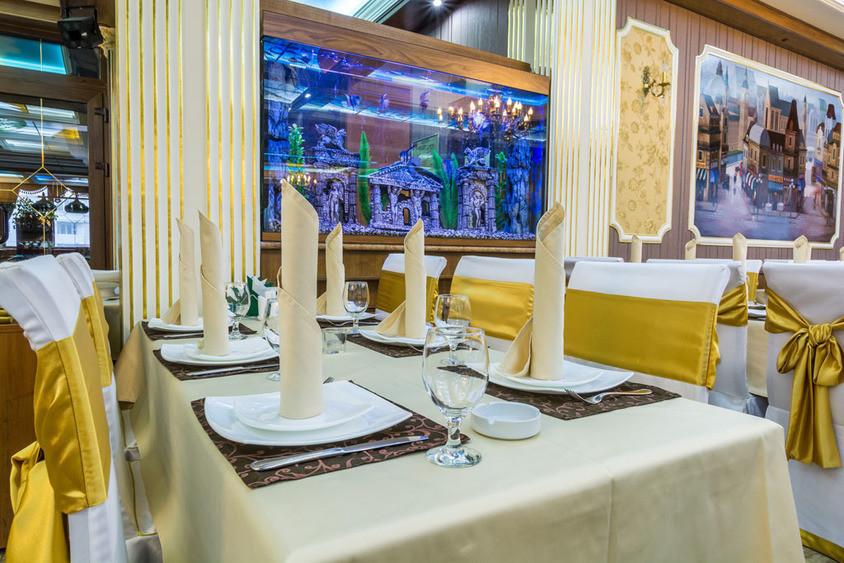 Ресторан, Банкетный зал на 200 персон в ЮЗАО, м. Бульвар Дмитрия Донского от 2000 руб. на человека