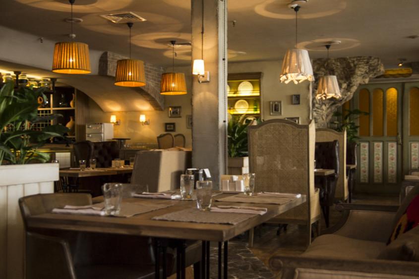 Ресторан, Банкетный зал на 300 персон в ЮЗАО, м. Тропарево от 2500 руб. на человека