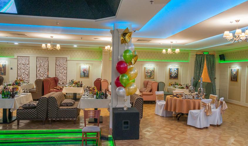 Ресторан, Банкетный зал, При гостинице на 170 персон в ВАО, м. Партизанская от 2500 руб. на человека