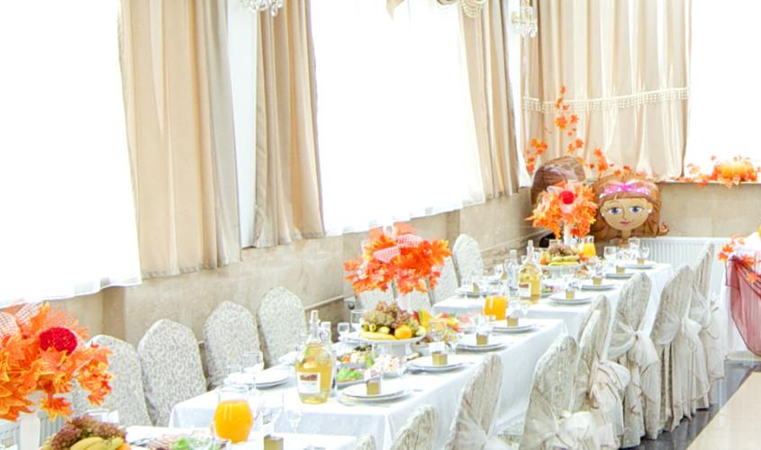 Ресторан, Банкетный зал, Кафе на 100 персон в Зеленоградский АО, м. Пятницкое шоссе от 1500 руб. на человека