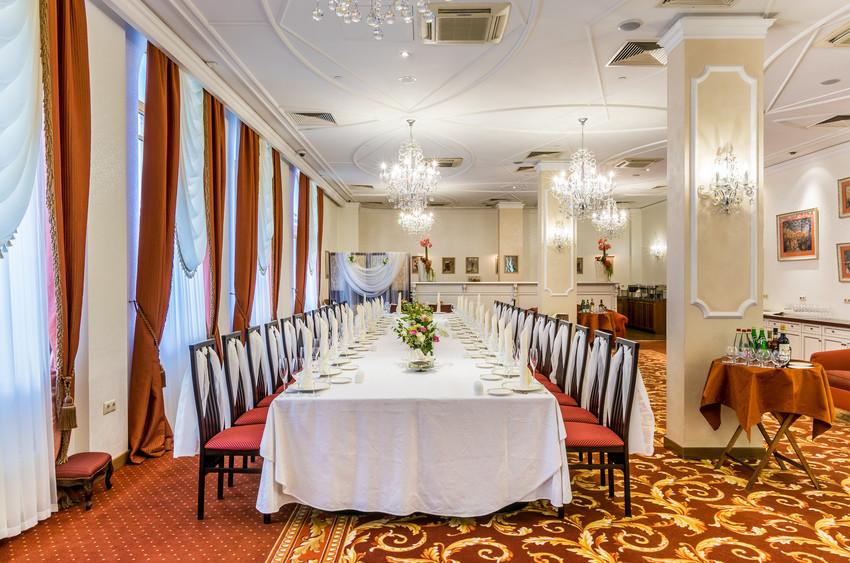 Банкетный зал, При гостинице на 45 персон в ЦАО, м. Кузнецкий мост, м. Трубная, м. Театральная от 2900 руб. на человека
