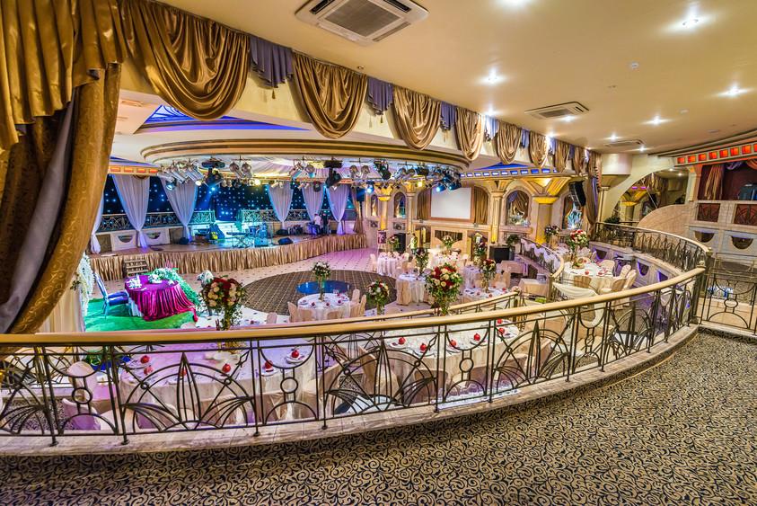 Банкетный зал, При гостинице, За городом на 500 персон в ЗАО,  от 3000 руб. на человека