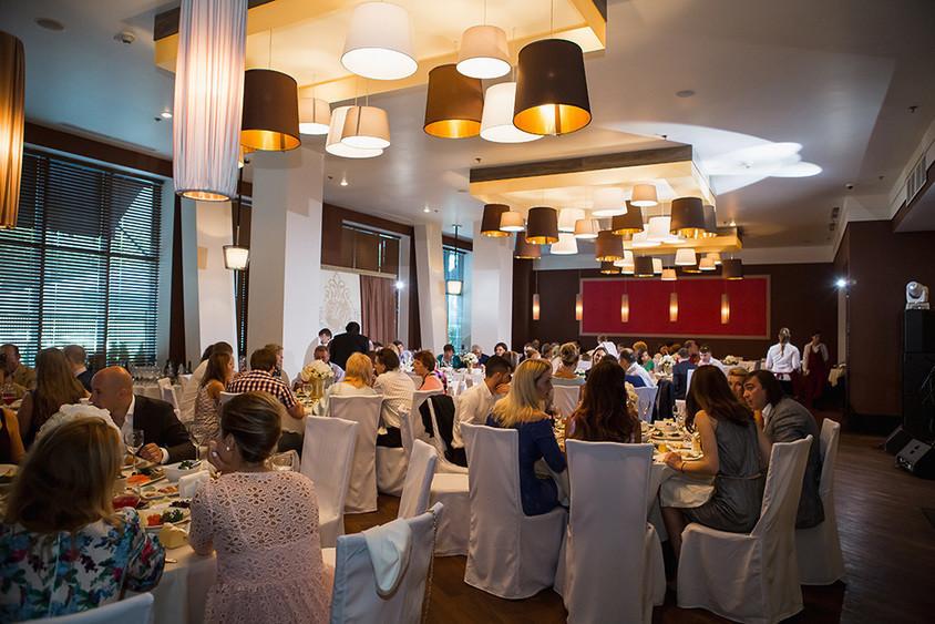 Ресторан на 140 персон в ЦАО, ЗАО, м. Киевская, м. Студенческая от 2500 руб. на человека