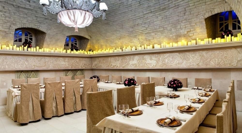 Банкетный зал на 20 персон в ЦАО, м. Китай-город от 4000 руб. на человека