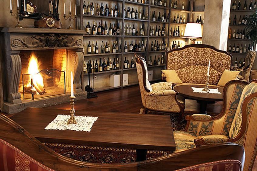 Ресторан, Банкетный зал на 20 персон в ЦАО, ЗАО, м. Киевская от 12000 руб. на человека