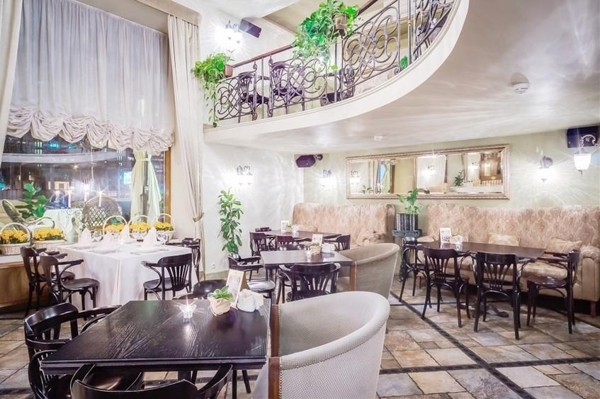 Ресторан на 60 персон в ЦАО, ЮЗАО, м. Добрынинская, м. Октябрьская, м. Серпуховская от 2500 руб. на человека